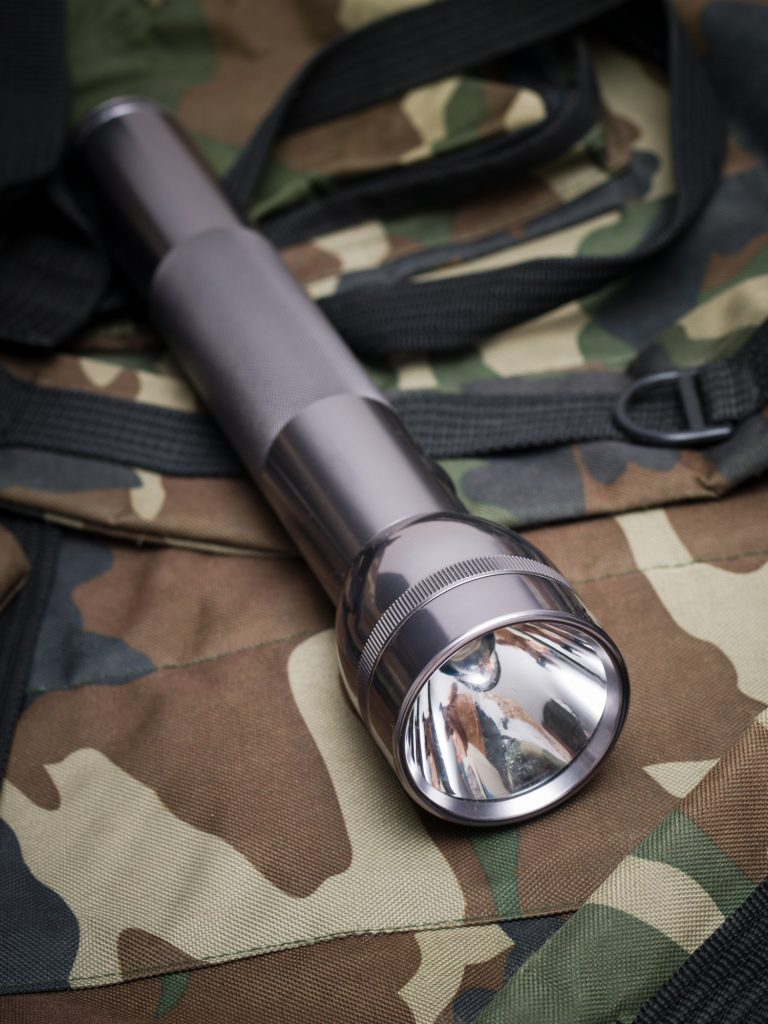 best hunting flashlight